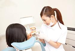 その2 矯正歯科治療以外もむし歯治療やホワイトニングもできるトータルコーディネート医院です!